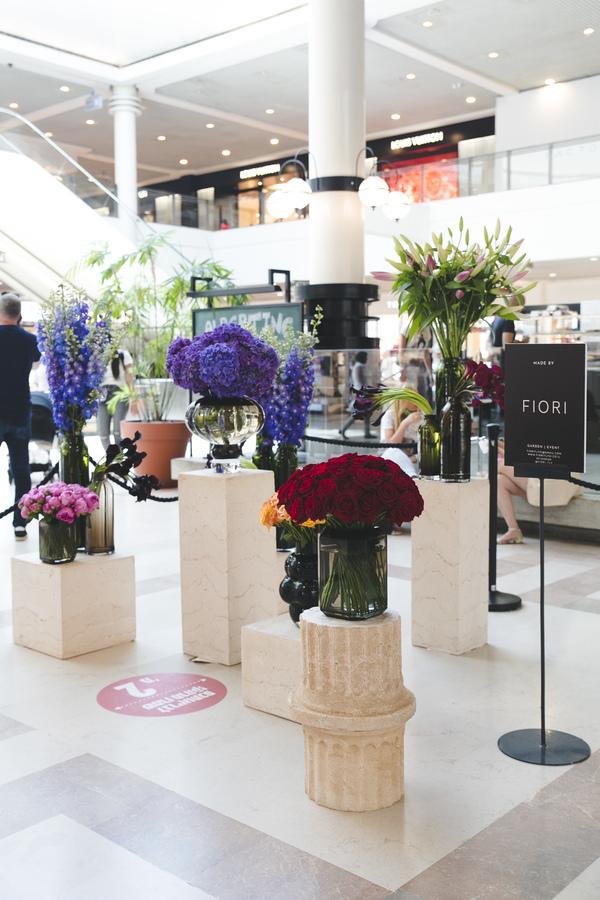 Four Seasons style at Ramat Aviv mall
