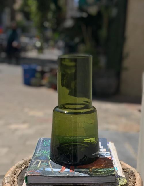 אגרטל גבוה ירוק זית